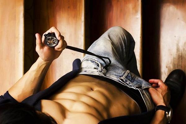 Высокая потенция и рельефные мышцы - признаки повышенного тестостерона у мужчин