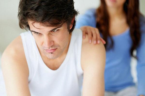 Как правильно вести себя женщине при проблемах с импотенцией?