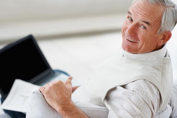 Мужчина в возрасте 50 лет со сниженной потенцией