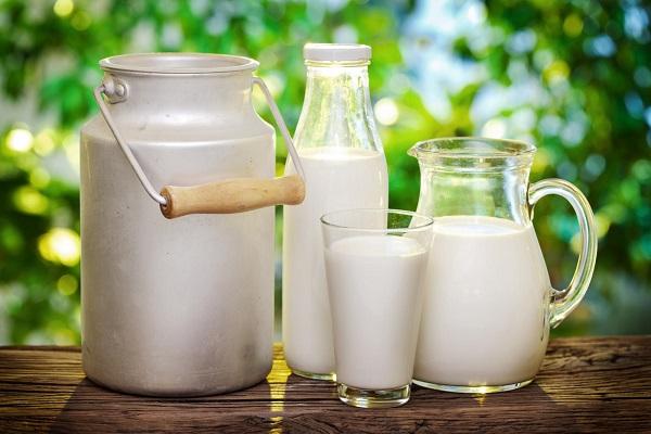 Разные виды молока