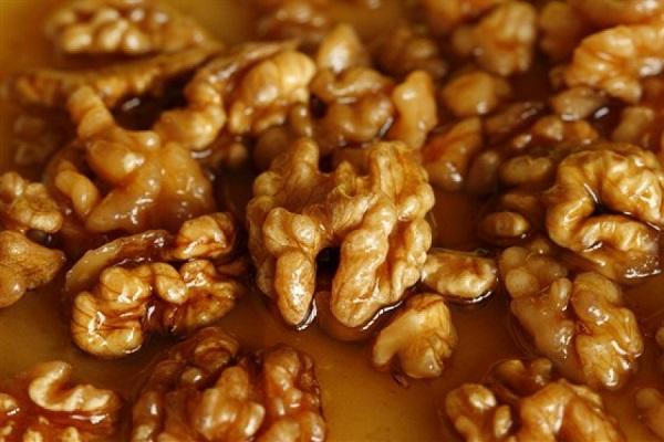 Грецкие орехи перемешанные с медом