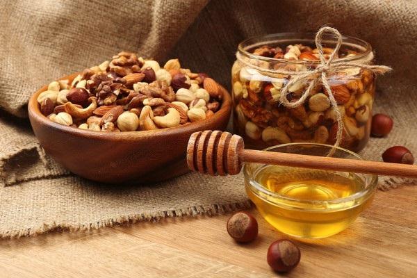 Полезные для потенции орехи
