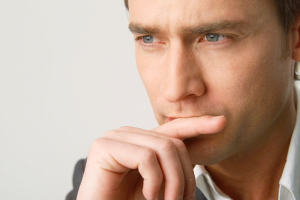 Мужчина, обнаруживший у себя призаки возникновения импотенции