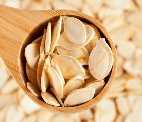 Польза и вред тыквенных семечек для мужчин, эффективность