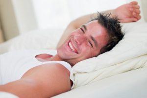 Как полноценный сон влияет на мужскую потенцию и либидо?