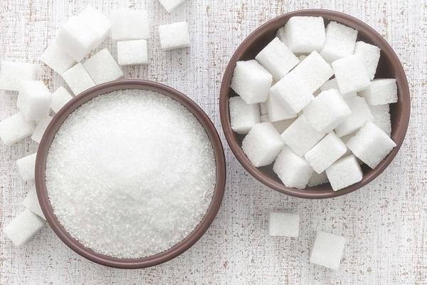 Сахар в кубиках и рассыпной