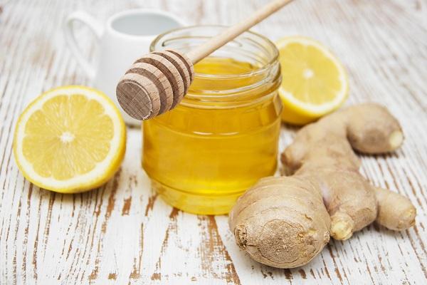 Приготовление рецепта с лимоном, медом и имбирем для потенции