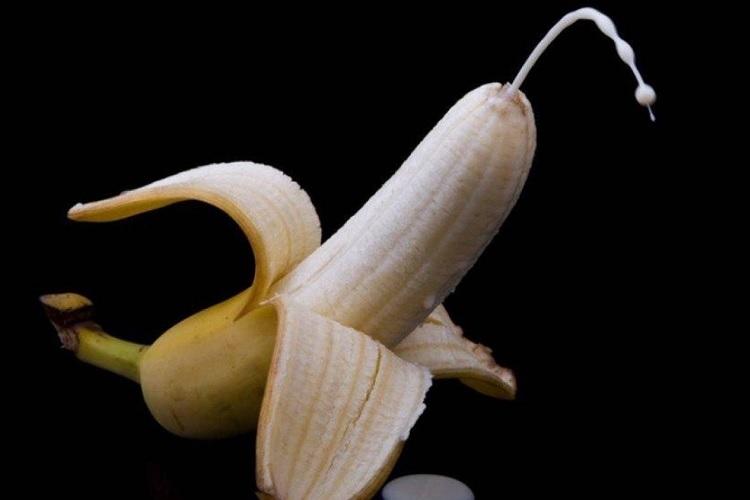 Банан с соком